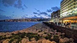 Nightime in Naples